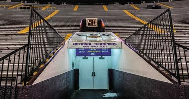 LSU to emerge from tunnel in all-white unis, color-changing helmets vs. Miss State