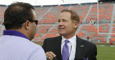 Les Miles acting while waiting to coach again