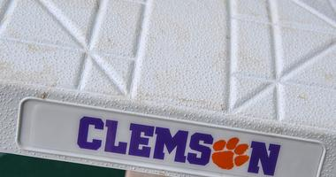 Notre Dame knocks off Clemson on St. Patrick's Day weekend
