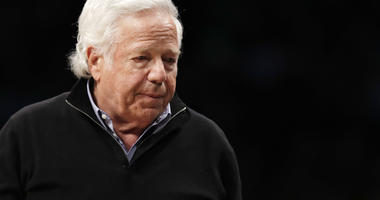 Judge bars release of Kraft massage videos before hearing