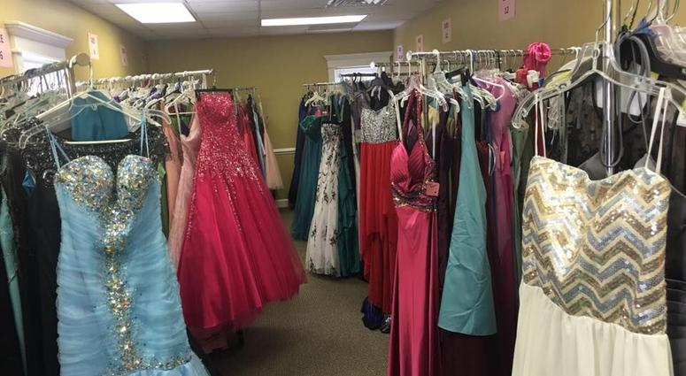 Free Prom Dress Shopping Saturday | 106.3 WORD