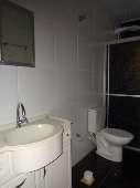 CASA FUNDOS Banheiro (3)