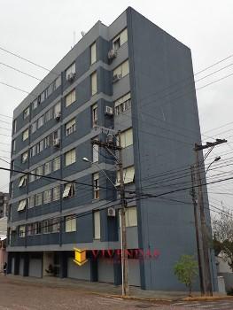 Apartamento com dois dormitórios central
