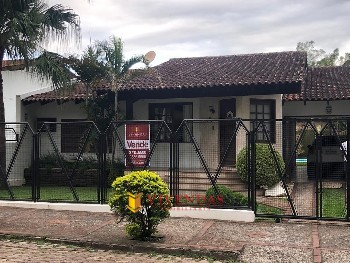 EXCELENTE ALVENARIA AO LADO DA UNIVERSIDADE
