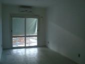 Sala com split e sacada