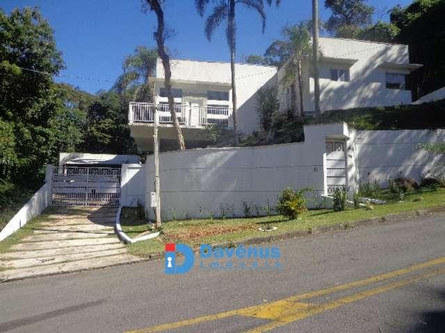 LINDA CASA EM CONDOM�NIO CANTAREIRA ZN, SP