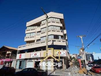 Apartamento no centro de Torres.