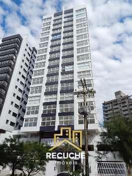 Lindo apartamento nas 4 pra�as em Torres