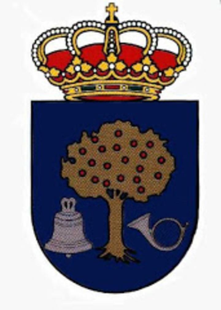 E.M. NAVALMORAL mascot