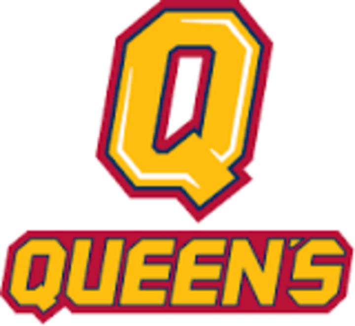 Queen's University mascot