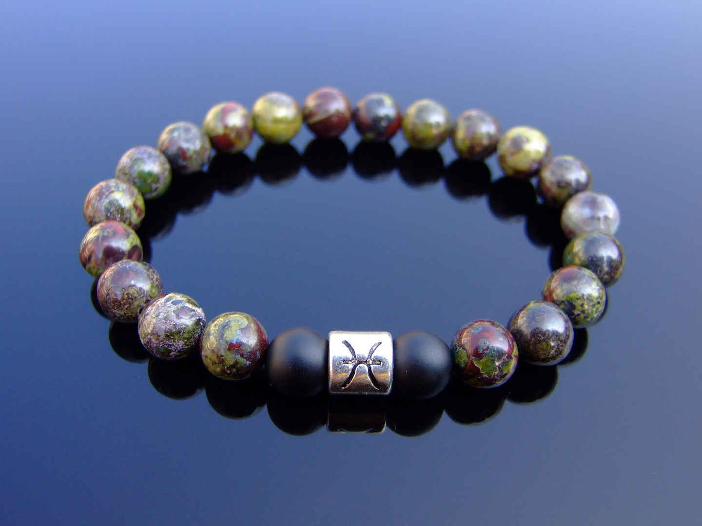 Details about Pisces Bloodstone Onyx Birthstone Bracelet 6-9'' Elasticated  Healing Stone