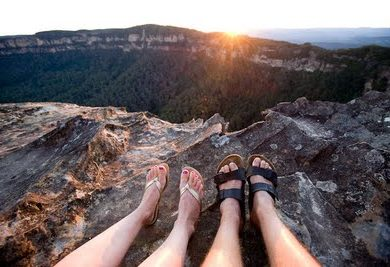 How To Treat Your Feet When Traveling