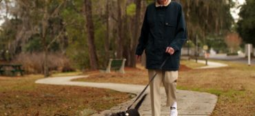 Best Walking Shoes for Seniors