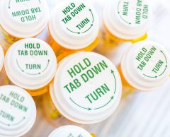 Helping Seniors Avoid Medication Mistakes