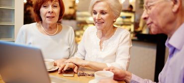 5 Strategies for Helping Seniors with Technology
