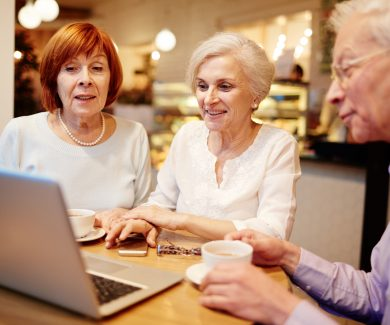 How Retirees Can Earn Money Online