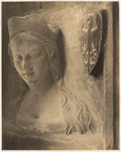 Anna Svídnická, třetí manželka Karla IV., busta z triforia chrámu sv. Víta (Anna Svídnická, third wife of Charles IV, bust of the clerestory of the cathedral, from the portfolio Svatý Vit, Saint-Guy)