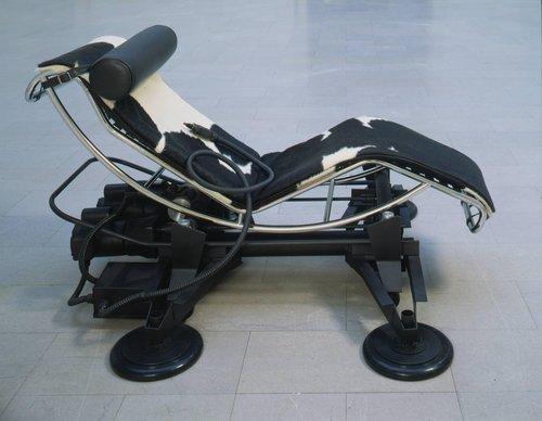 '92 Chaise
