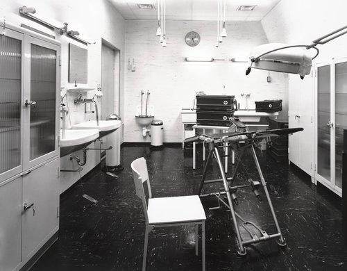 OP Sanitätsbauwerk, Ost/West [Operating Room, Hospital Area, East/West], from the series Dienststelle Marienthal [Marienthal Office]