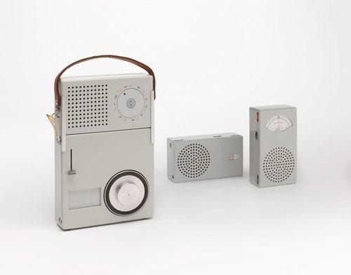 Braun TP 1 transistor radio (T 3) with phonograph (P 1)