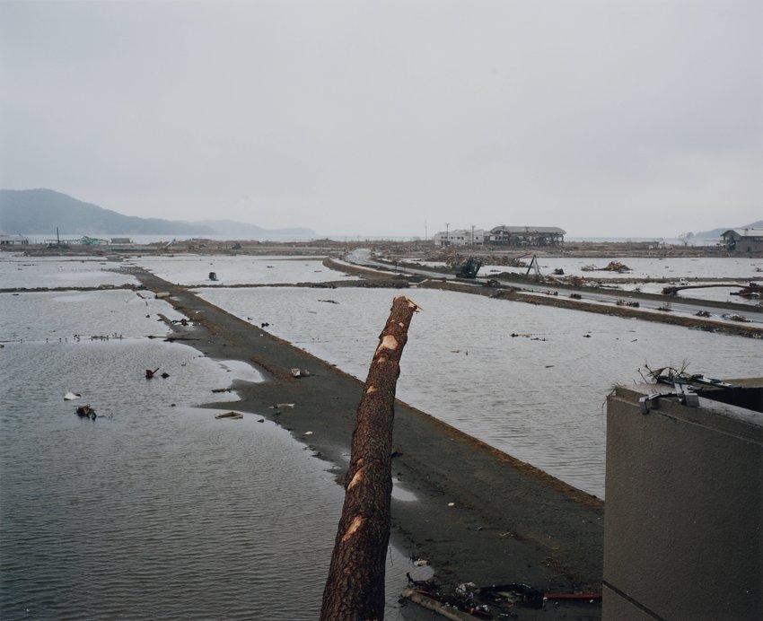 image of Kesen-cho, 2011.3.22, from the series Rikuzentakata
