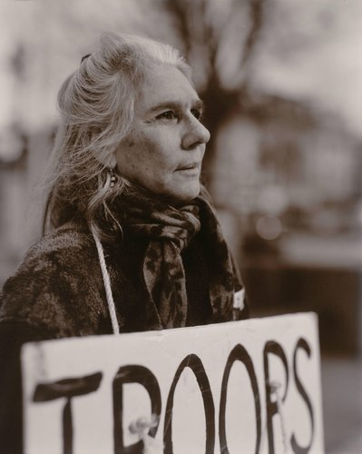 Susan Ravitz, Protesting the U.S. War in Iraq, Easton, Pennsylvania, from the series Protest the War