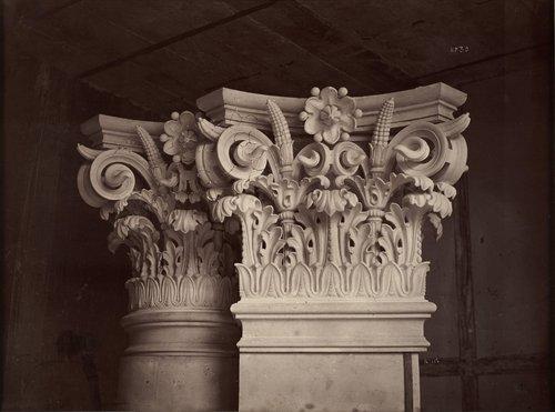 Chapiteau des colonnes et des pilastres de la salle, plate 30, from Le Nouvel Opéra de Paris: Sculpture ornementale