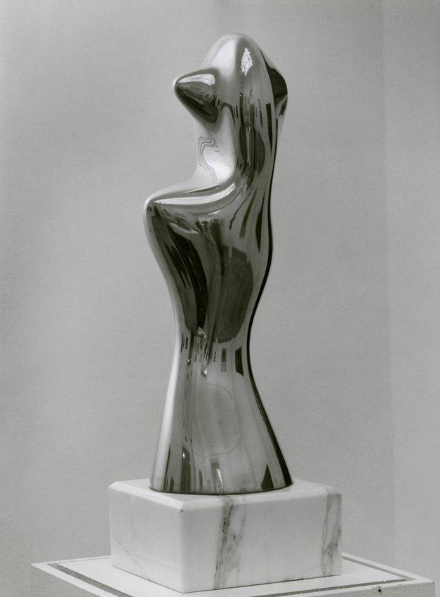 image of 'Poupée-Basset (Dachshund Doll)'