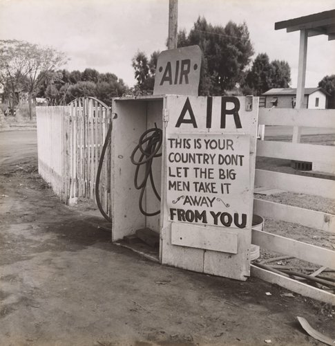 Gas Station, Kern County, California