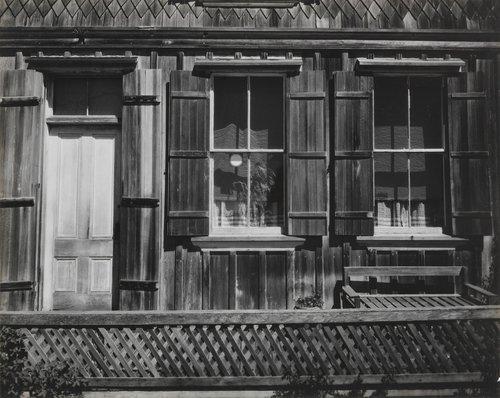 Facade, Mendocino