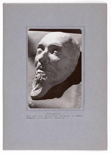 Hermann Graf Keyserling album, page 5
