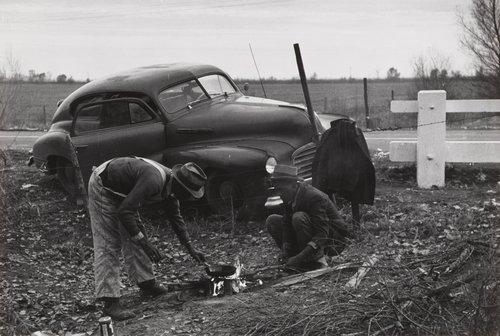 Cottonpickers Living in Car, Los Banos, California