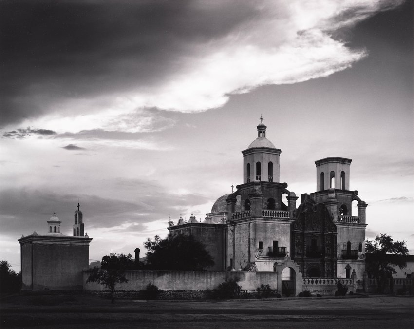 image of Mission San Xavier del Bac, Tucson, Arizona