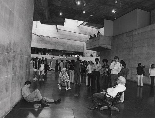 Duane Hanson exhibition, from the portfolio Leisure