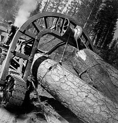 image of 'Untitled (Tractors), from the Red River series'