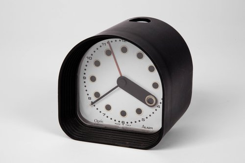 Optic alarm clock