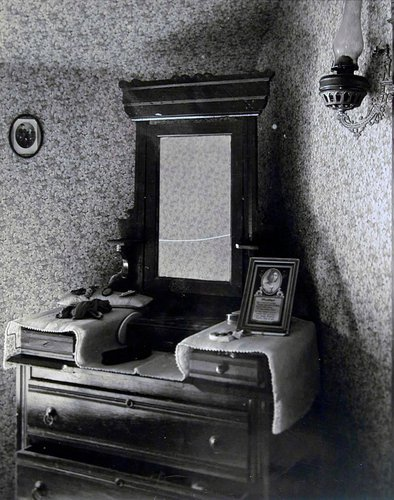 Bedroom, Home Place