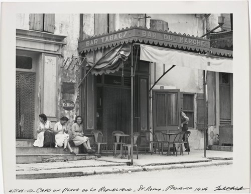 Cafe on Place de la Republique, St. Remy
