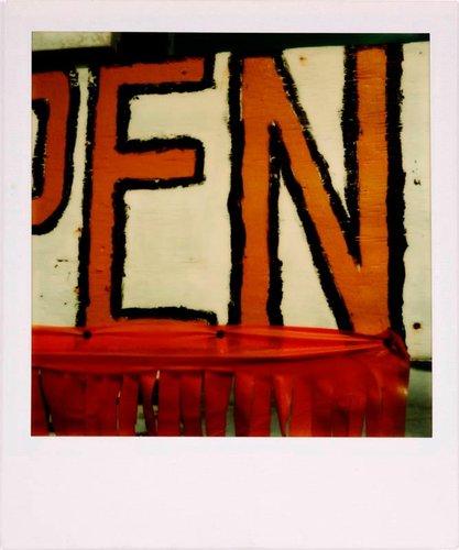 "Untitled [""EN"" of Open sign]"