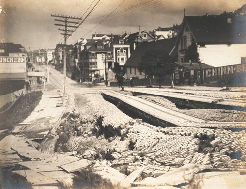 Earthquake Damage to Union Street