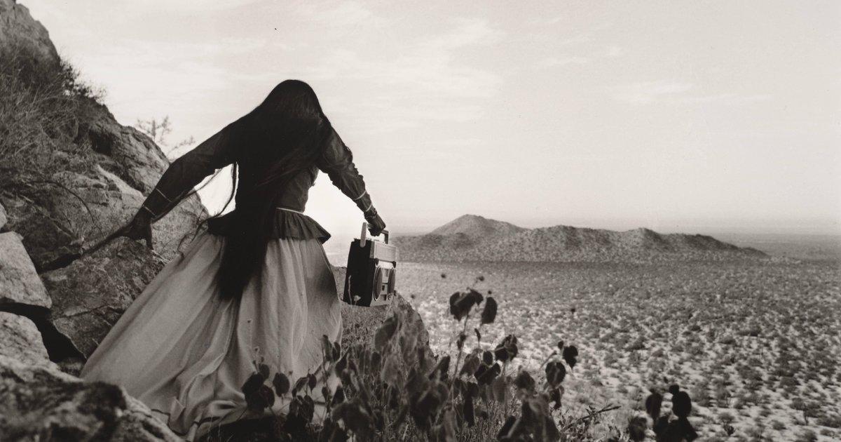 Graciela Iturbide, Mujer ángel, Desierto de Sonora, México ...  Graciela Iturbi...