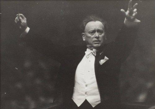 Willem Mengelberg conducting