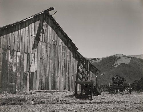 Barn near Little Sur