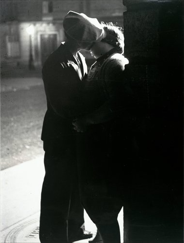 Untitled [Couple kissing]