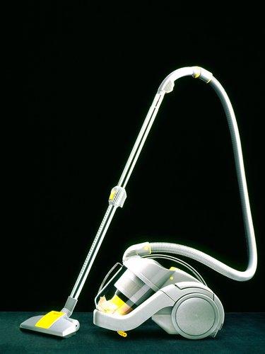 Dyson DC02 Vacuum