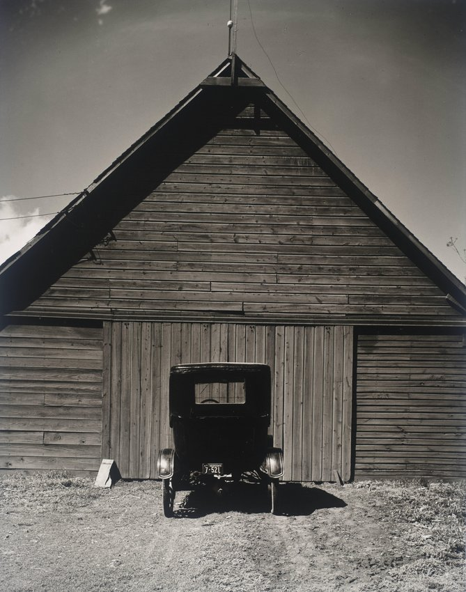 image of 'Model T and Barn, Ed's Place'