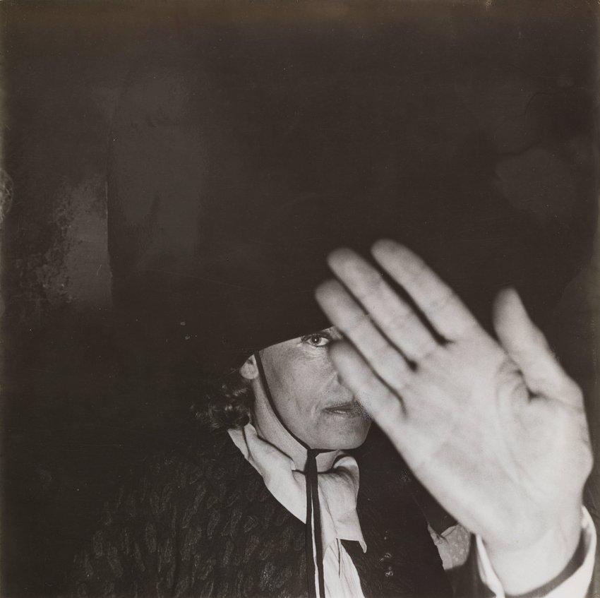image of 'Greta Garbo in the Club St. Germain'
