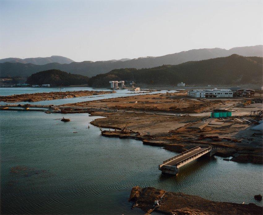 image of Takata-cho, 2011.4.5, from the series Rikuzentakata