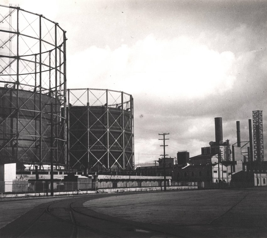 image of 'Oakland (Water Tanks)'