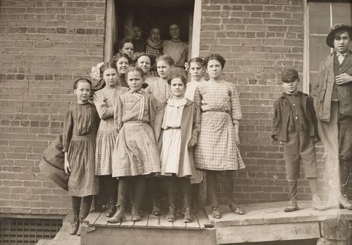 All these are workers in Sweetwater Hosiery Co., except smallest boy. Location: Sweetwater, Tennessee.